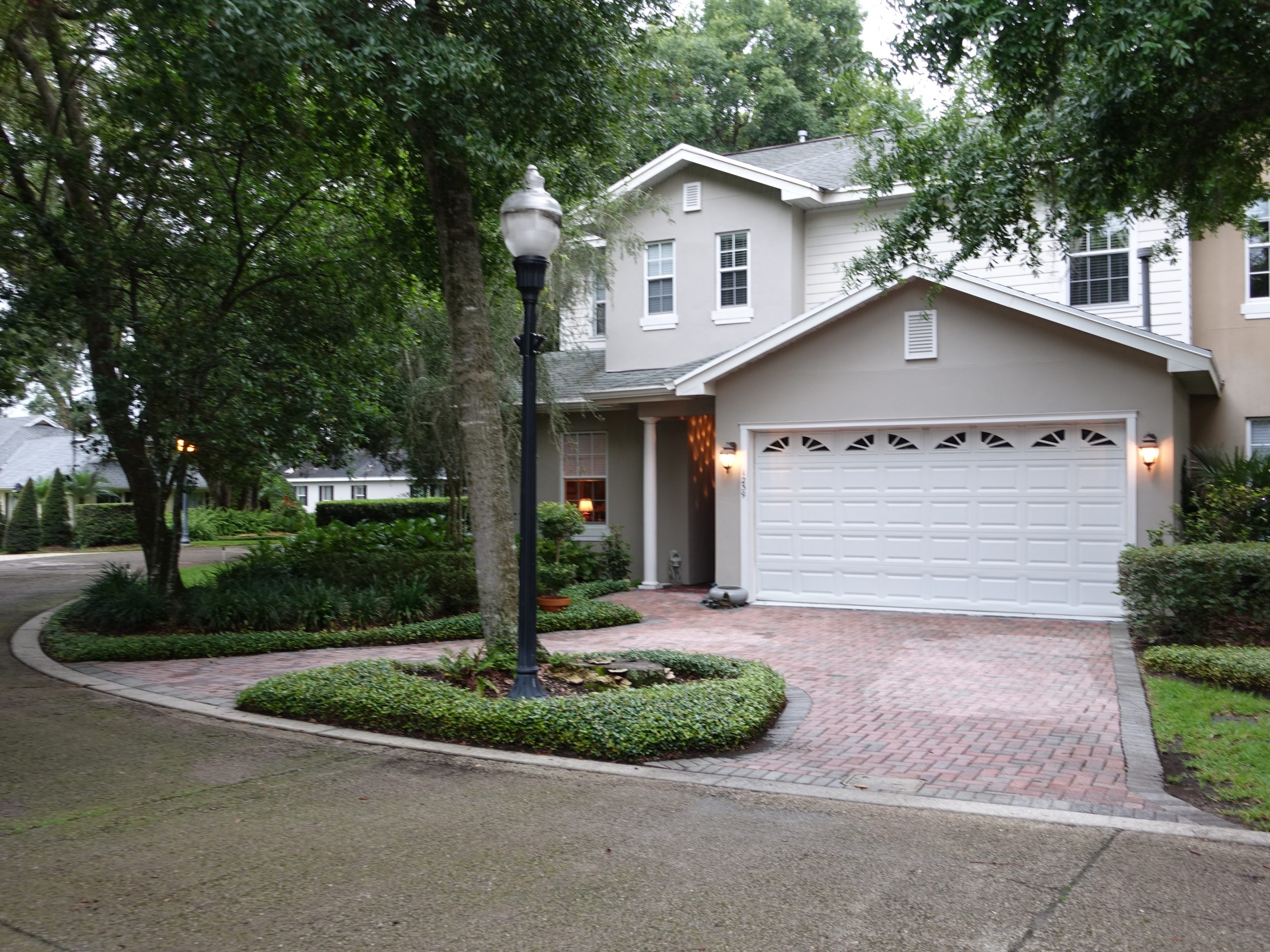 Country Club Oaks Townhome   w/ Elevator!